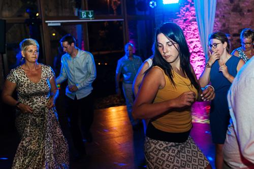 volle tanzfläche bei dj bielefeld